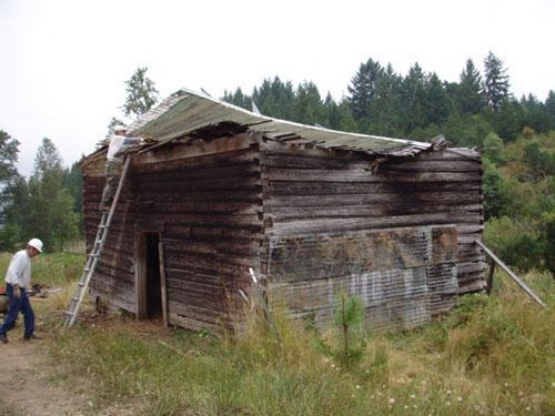 The Molalla Log House had to dismantled in 2008 due to a rotting boards and a collapsed roof.